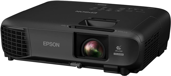 Epson Pro EX9220 - best projector for ambient light