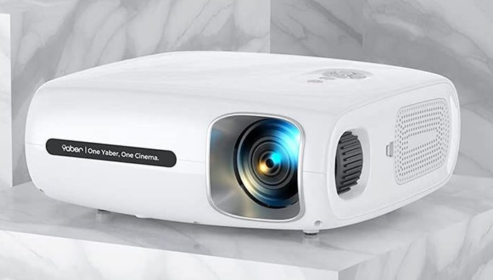Yaber Pro V7 - Best Projector for Freshman Students