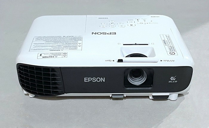 Epson EX3260 Projector Front